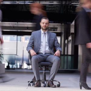 posiciones correctas para sentarse